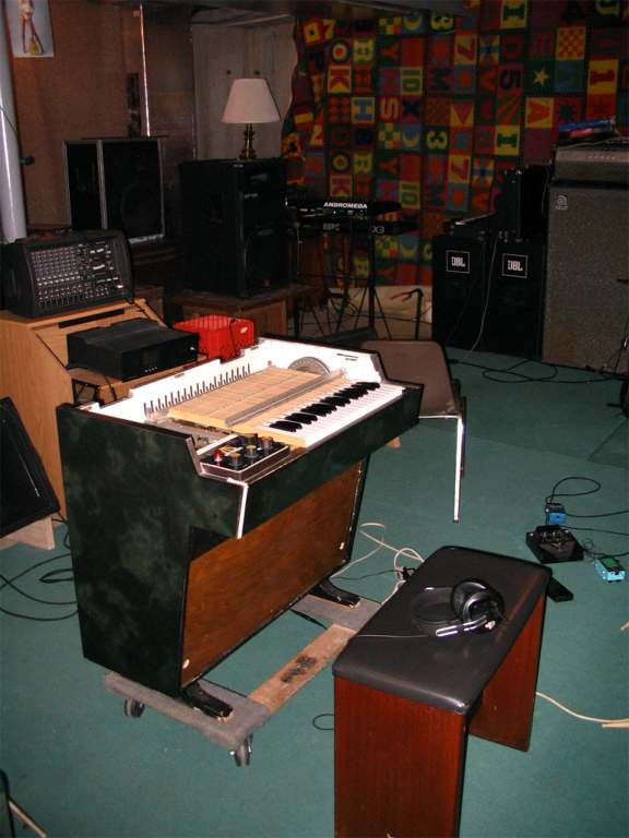 "The Basement with Mellotron M400 ""Formicatron"""